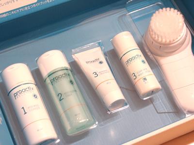 5000個限定★電動洗顔ブラシ付きのプロアクティブは今が買い